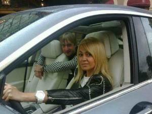 Плющенко в автомобиле