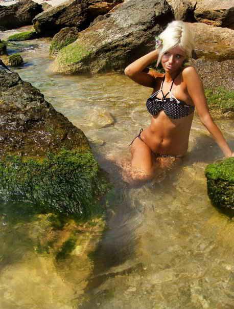 Фото девушек из Вконтакте на море